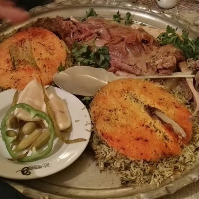 مجموعه رستوران هفتخوان